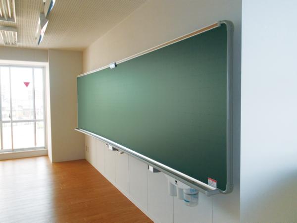 半曲面黒板・ホワイトボード